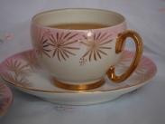 Vintage tea cup and saucer. Image: Su Leslie, 2017