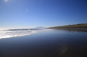Ocean Beach, Kawhia, NZ. Image: Su Leslie 2018