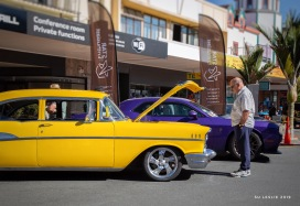 Visitors to the classic car show, Whangarei. Image: Su Leslie 2019