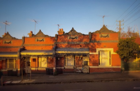 Workers cottages, North Melbourne. Image: Su Leslie 2019