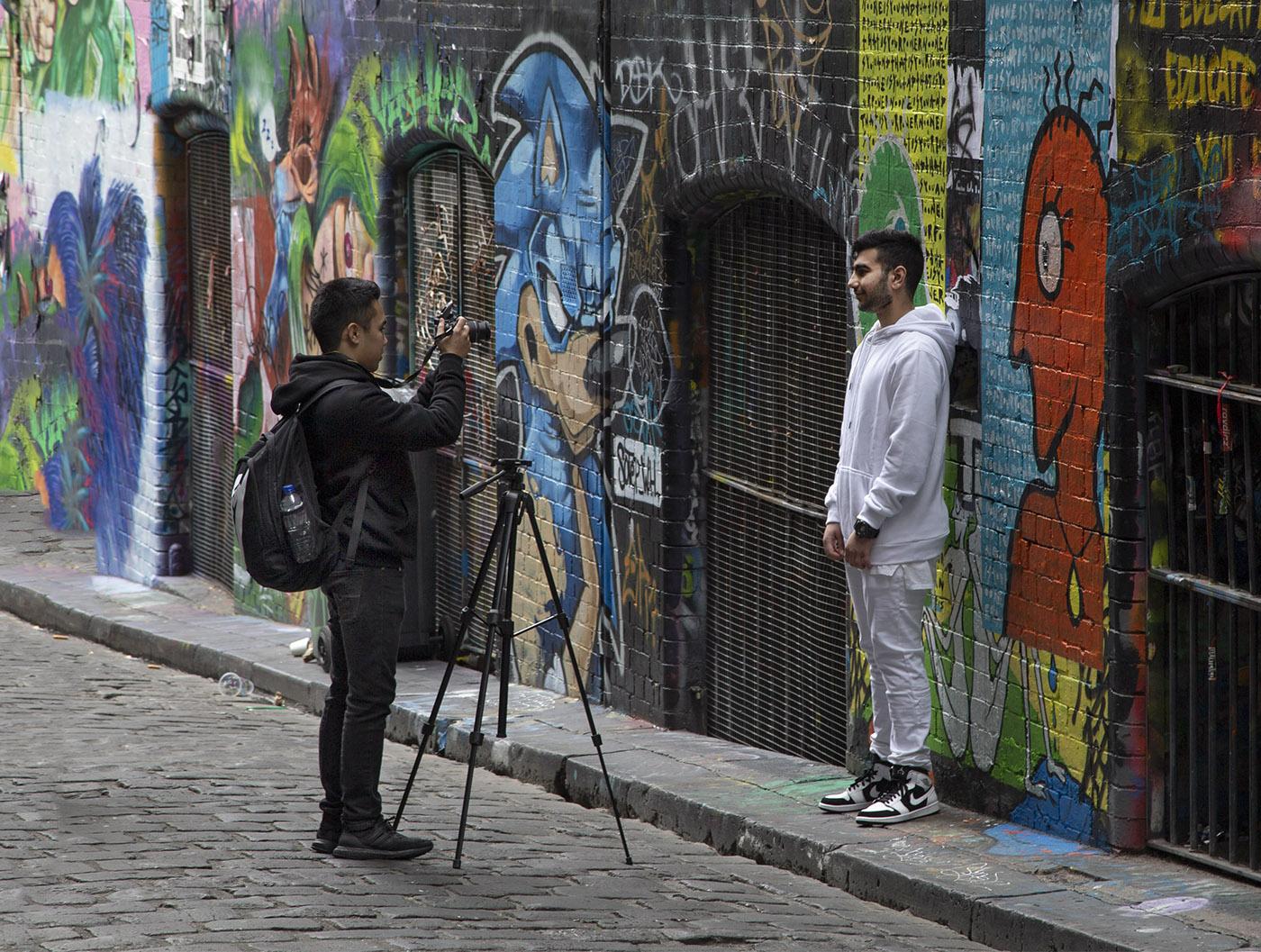 photographer hosier lane